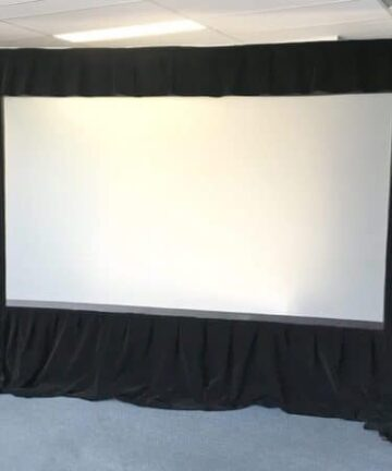 Electronics REAR 120″ x 160″ PROJECTION SCREEN FOR HIRE